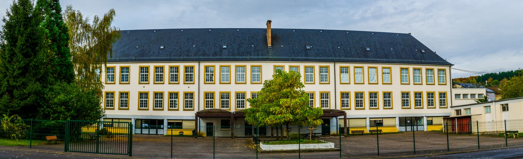Collège Jean Marie Pelt Volmerange-Les-Mines