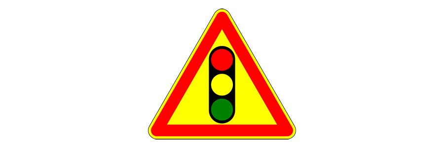 Feux rouges carrefour route de Molvange / rue des prés