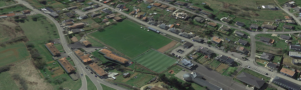 Terrain de football synthétique